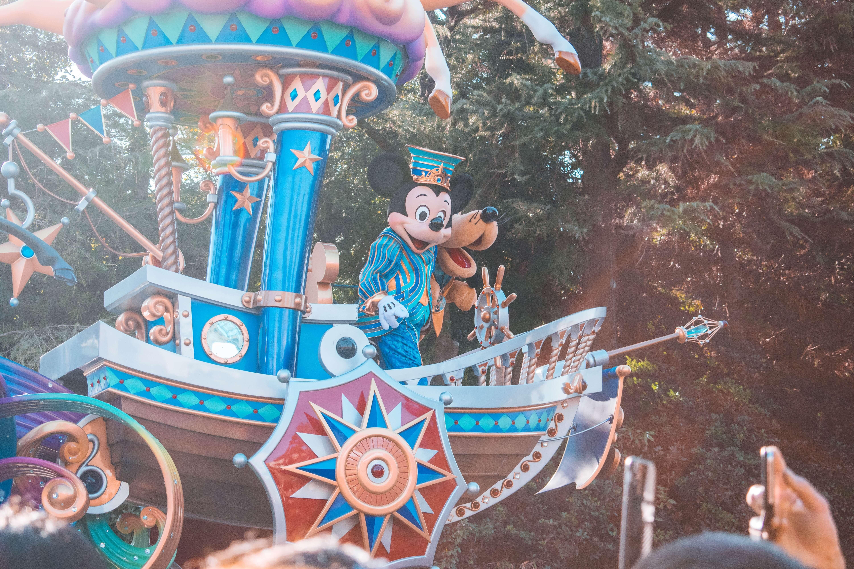 rato Mickey e pateta na Disneyland