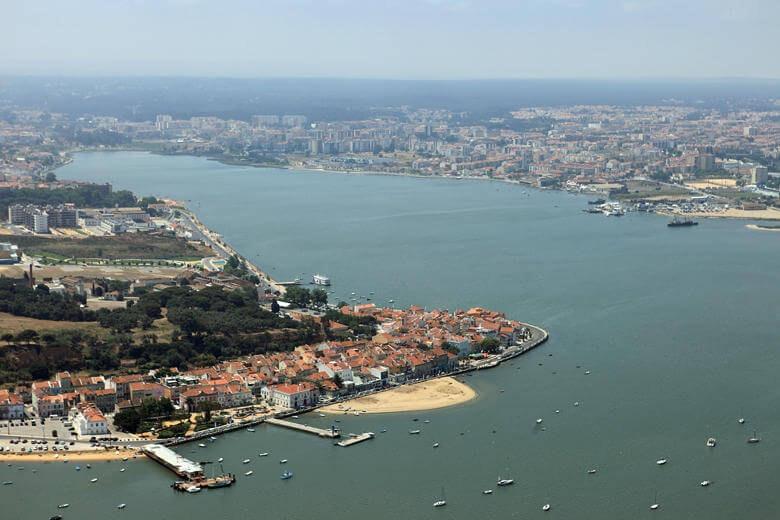 foto aérea da Baía do Seixal